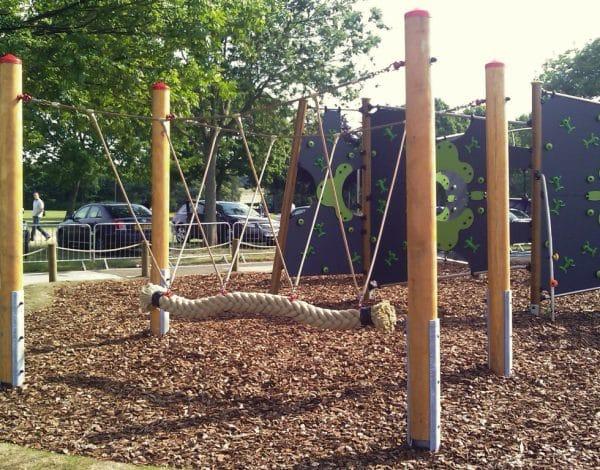 Gondolar Snake Swing - Timber Frame - 3-6 Seater