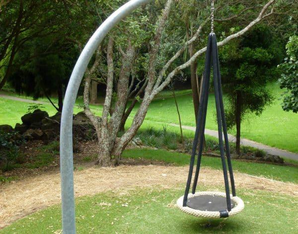 2.5M Lantern Swinging Dish