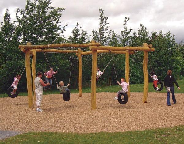 Super-Six Swing - Wobbly Wood